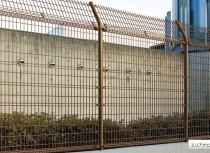 fence111